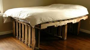 Making A Pallet Bed 40 Diy Pallet Bed Ideas Creative 2017 Cheap Recycled Bed Design