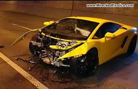 lamborghini aventador for sale in australia lamborghini gallardo crash australia 2 images