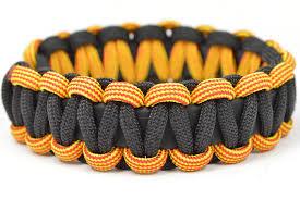 make paracord bracelet with buckle images Make a buckle free stretchy paracord survival bracelet jpg