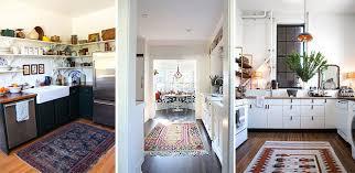 tappeti per cucine disporre i tappeti in casa idee per tutte le stanze