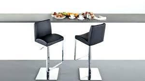 table cuisine vintage chaise de bar cuir vintage en socialfuzz me