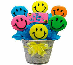 Cookie Arrangements Pin By Lizette Pretorius On Emojis Pinterest Emojis