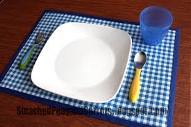 chalkcloth oil cloth placemat tutorial smashed peas u0026 carrots