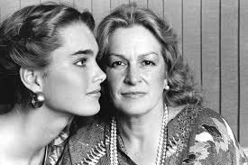Brook Shields Teri Shields Mother And Manager Of Brooke Shields Dies At 79