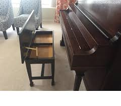 the piano bench gets new hinges and a make under