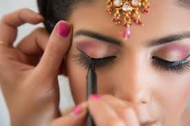 Book A Makeup Artist Here U0027s A Complete Guide To Help You Book The Best Professional