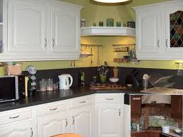 comment refaire une cuisine refaire sa cuisine rustique trendy relooking cuisine bois massif