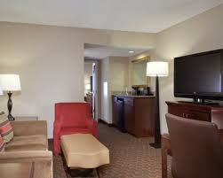 in suites hotel rooms accessible rooms embassy suites by