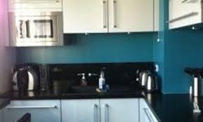 cuisine limoges décoration cuisine mur bleu canard 81 limoges cuisine mur