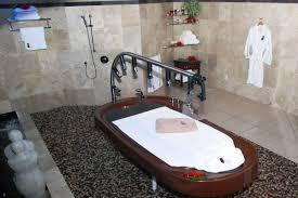 Table Shower Definition Vichy Shower Massage Treatment Rumours Resort And Spa Rarotonga