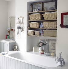 upgrading bathroom apartment with savvy decorating ideas choovin com