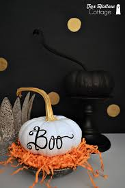 spooky chic halloween home decorating