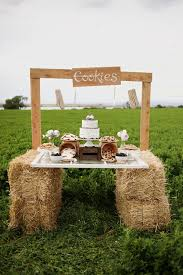 country wedding decorations 30 ways to use hay bales at your country wedding deer pearl flowers