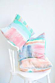 Diy Papasan Cushion Cover by Best 25 Kid Friendly Cushion Covers Ideas On Pinterest Kid