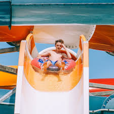 Six Flags White Water Hours Things To Do In Charlotte Charlotte Amusement Park Carowinds