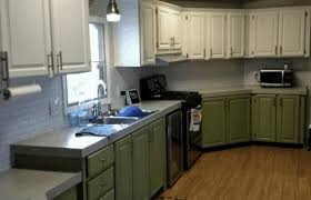 how to paint kitchen cabinets veneer how to repair and paint mobile home cabinets the right way