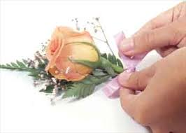 How To Make Boutonnieres Two Teacups How To Make A Boutonniere For A Wedding