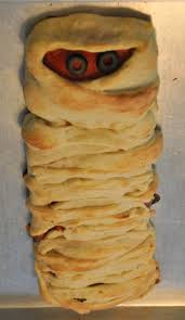 halloween pizza party ideas be different act normal braided mummy pizza