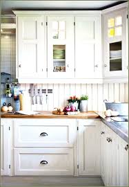 Black Hardware For Kitchen Cabinets Kitchen Remodel Kitchen Cabinets Black Knobs On White Kitchen