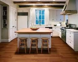 laminate kitchen flooring ideas 78 best decorating with hardwood laminate flooring images on