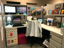 image of decorating your office cubicleoffice cubicle decor