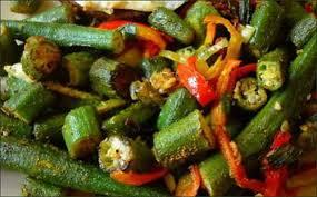 cuisiner des gombos gombos poélés aux piments végétariens