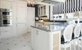 fliesen küche gestaltung küchenfliesen mosaik naturstein für