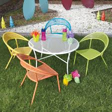 Outdoor Dining Chair by Kids Outdoor Dining Set Round Table U0026 4 Chairs