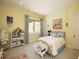 Blue And Yellow Bedroom by Bedroom Gorgeous Pale Yellow Bedroom Modern Bedding Modern Bed