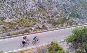 the best bike tours for singles digngo