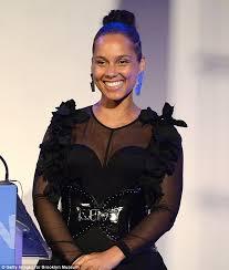 Huge Chandelier Earrings Alicia Keys Swiss Beatz Honored At Brooklyn Artists Ball Wstale Com