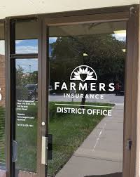 farmers insurance exterior signs and indoor graphics from the ou tsides parking signs building sign and door graphics customers to the new office space are sure not to get lost once inside they won t be