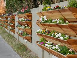 vertical gardens 10 easy diy vertical garden ideas off grid world
