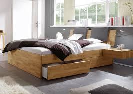 Kleines Schlafzimmer Nur Bett Bett Mit Schubkästen Für Zusätzlichen Stauraum Manchester
