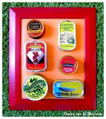 cadre deco pour cuisine diy un tableau de conserves pour la cuisine cerise sur le berceau