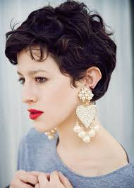 short cuely hairstyles 20 best short wavy haircuts for women popular haircuts