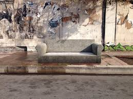 Sofas Los Angeles Ca The Abandoned Street Couches Of Los Angeles Vice