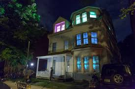 projection mapping safe house henson