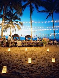 String Lights Outdoor Wedding by 7 Ways To Get Creative With String Lights