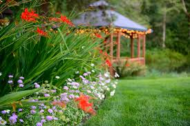 outdoor wedding venues oregon outdoor wedding venues garden events knollcrest gardens or