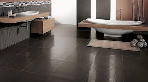 piastrelle in pietra per bagno piastrelle per il rivestimento bagno stile moderno pietralavica brown