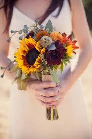 wedding flowers sunflowers 27 stunning wedding bouquets for november