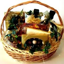 colorado gift baskets beautiful baskets by maggie specialty chocolates for all occasions