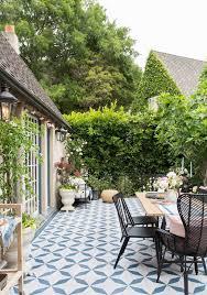 Patio Backyard Ideas by Best 25 Patio Tiles Ideas On Pinterest Patio Backyards And