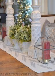 Holiday Table Runners by Stencil A Homeade Table Runner For The Holidays