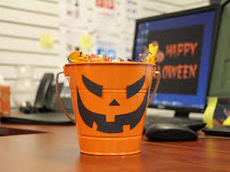 Halloween Decor Home Office 21 Spooky Halloween Decorating Ideas For The Office