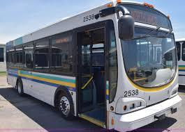 2005 optima lfb 29 lo profile transit bus item k8600 sol