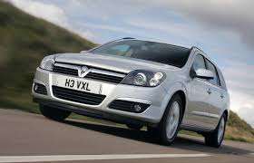 vauxhall astra estate review 2004 2010 parkers