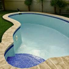 carrelage grand format pour piscine pose de carrelage piscine à aix en provence petit carrelage