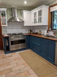 blue chalk paint kitchen cabinets timber country kitchen updated with chalk paint on cabinets